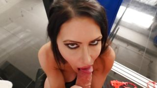 Cute Jessica Jaymes sucking a big dick in POV, big booty